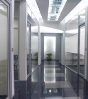 Установка окон и дверей в офисах в Москве по низким ценам